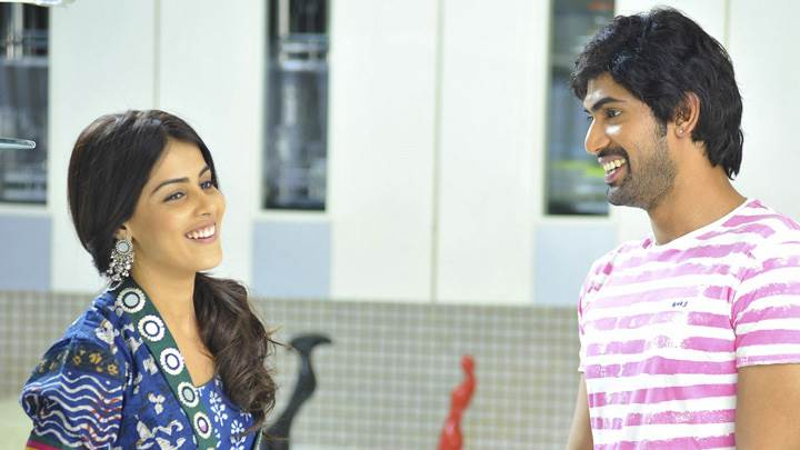 Sweet Smiling Of Genelia D'Souza And Rana Daggubati In Naa Ishtam